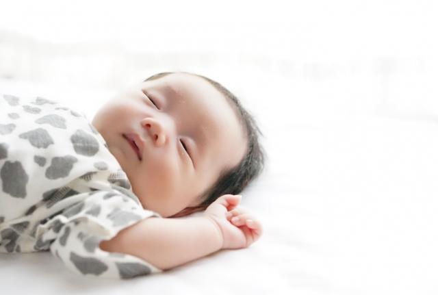 双子育児 寝かしつけ 地獄 方法