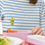 お弁当の常温保存は何時間持つ?保冷剤なしで放置できる方法とは