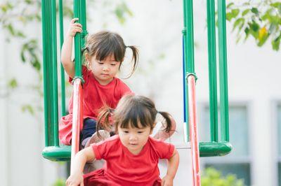お泊り保育 ねらい 幼稚園 保育園 スケジュール 内容 持ち物 とは 保育士